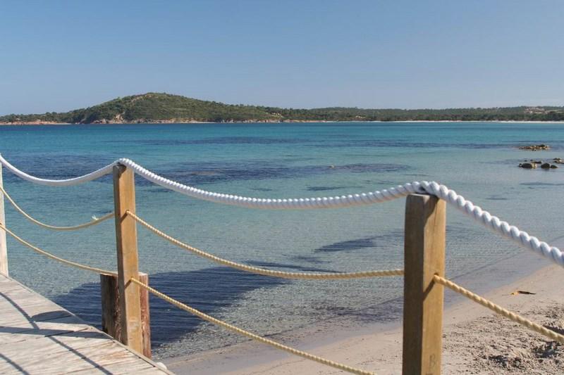 Maison luxueuse en Corse avec vue sur mer