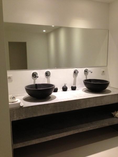 Maison en Corse avec 6 salles de bain